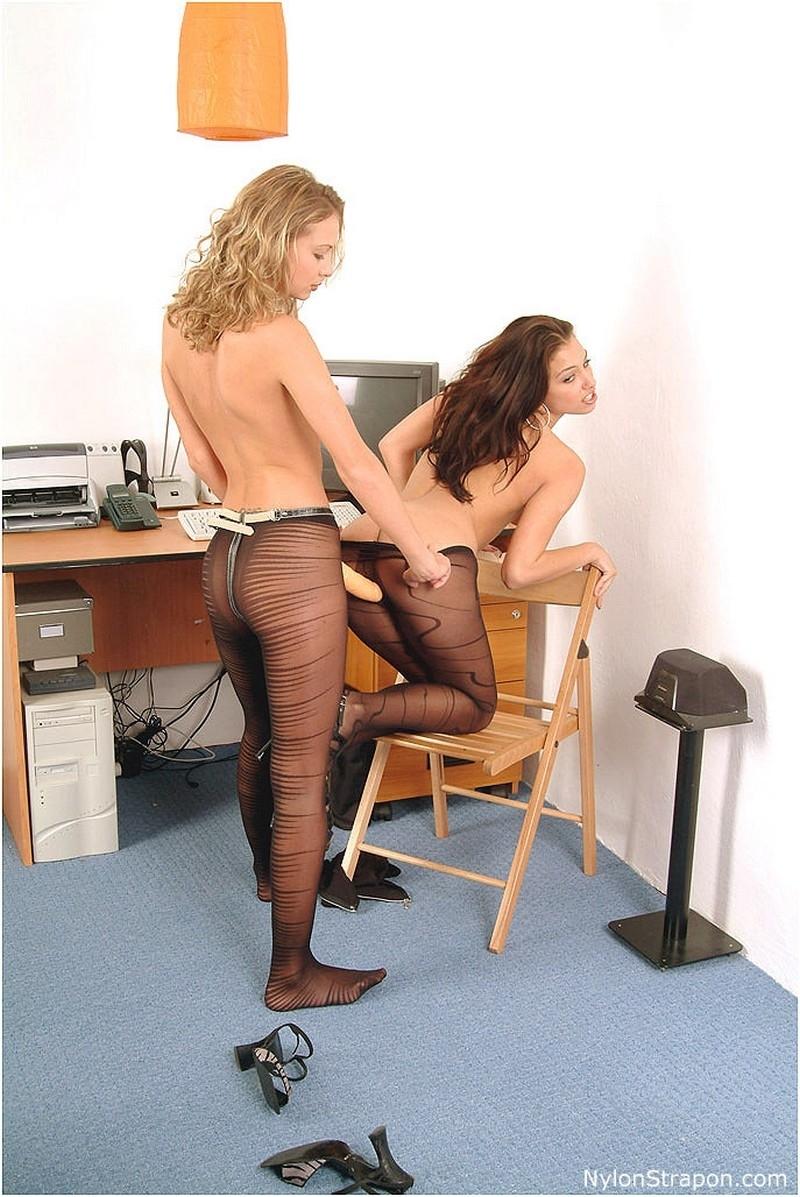 Смотреть рабыня офисе онлайн