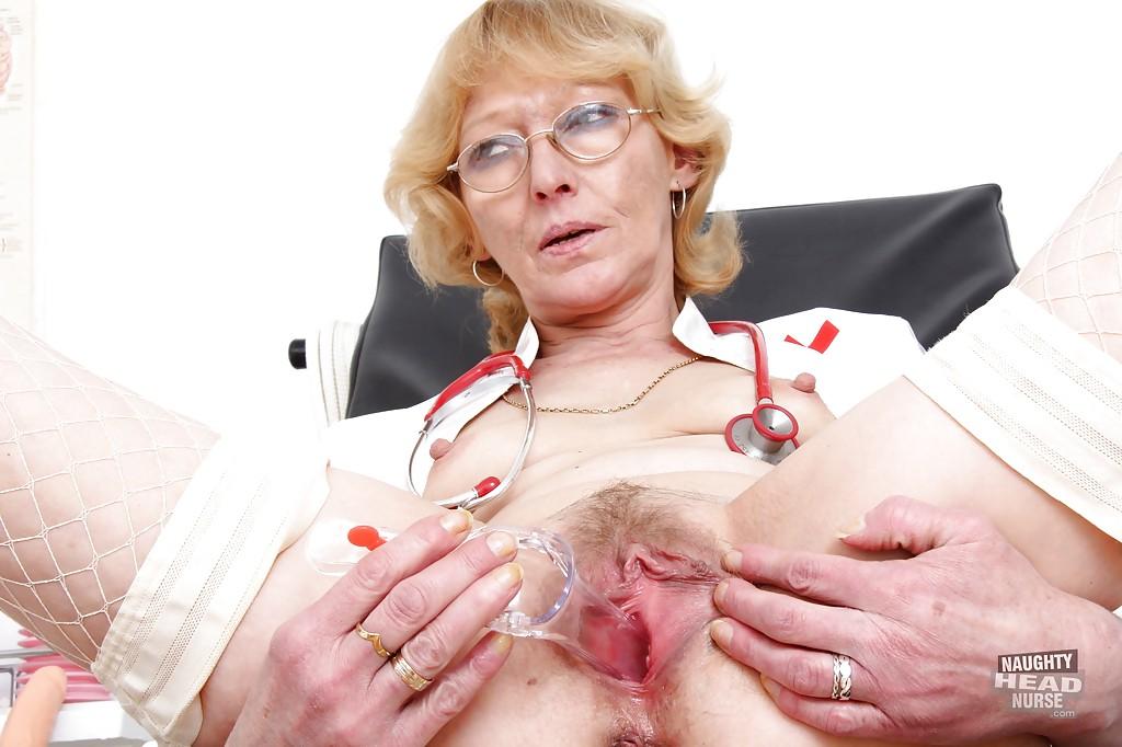Смотреть докторша онлайн